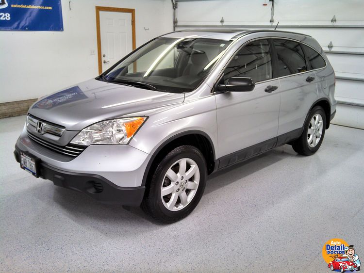 Silver Honda CRV