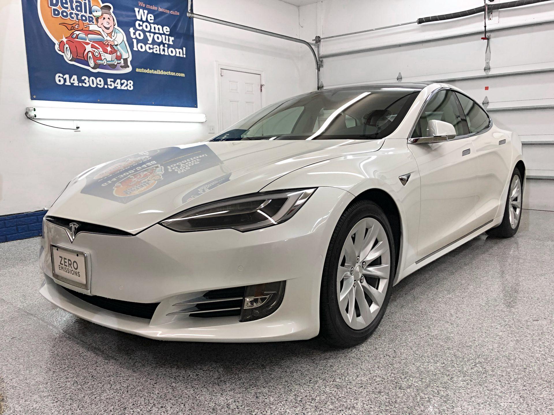 2018 White Tesla Model S 75D